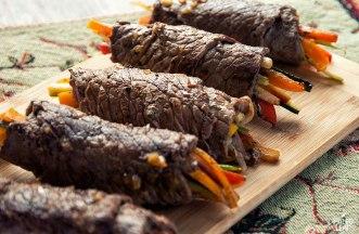 balsamic-steak-rolls-main